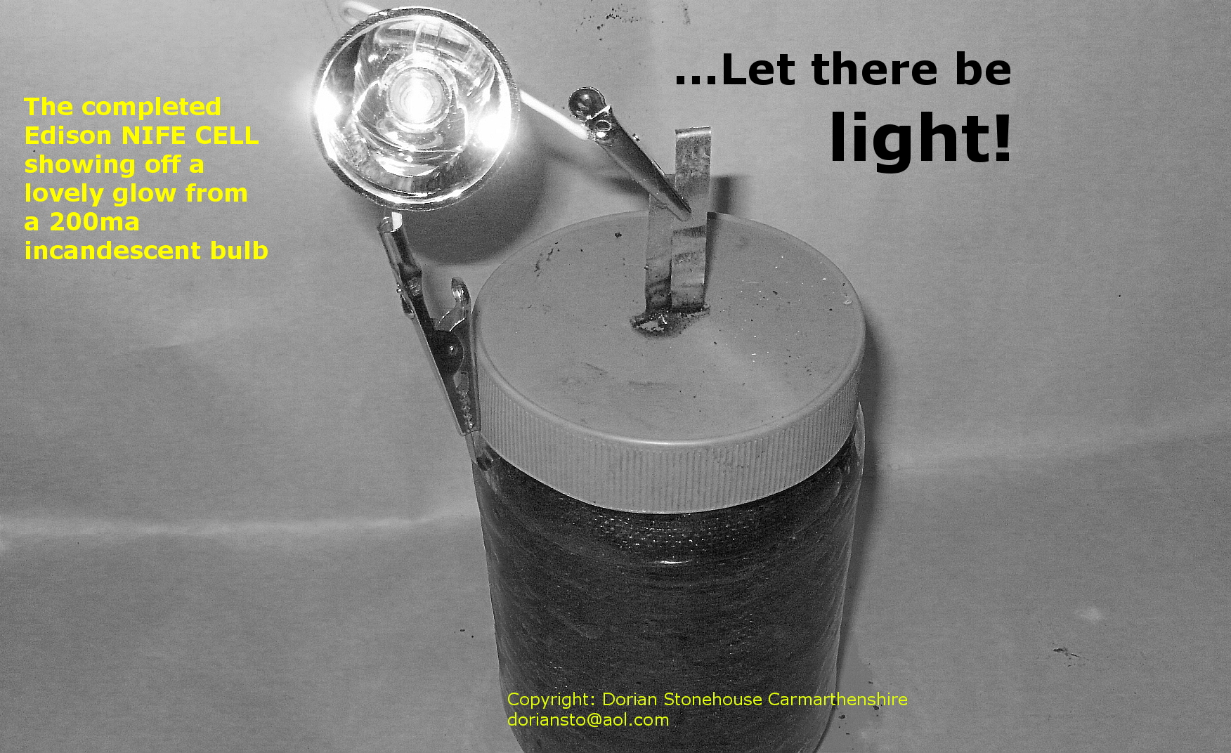 Success: A second glowing Edison cell in black and white.